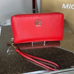 Michael Kors Fulton LG Leather wristlet Wallet